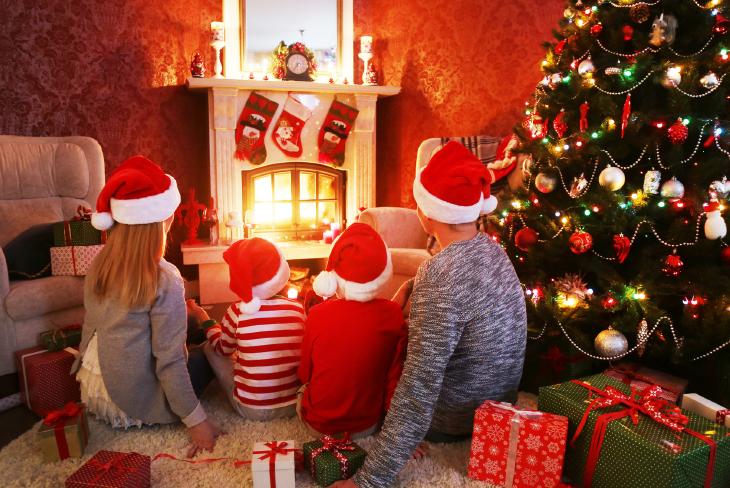I Regali Di Natale Quando Si Aprono.Natale Nel Mondo Come Si Festeggia Negli Altri Paesi Tesori D